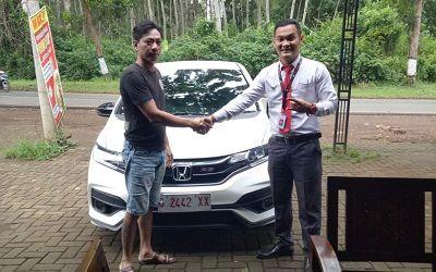 Pembeli-Honda-Jazz-Batang